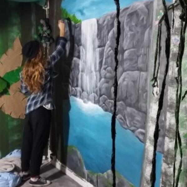 Wallpainting Waterfall
